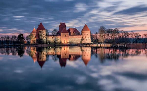 Поехать в Литву