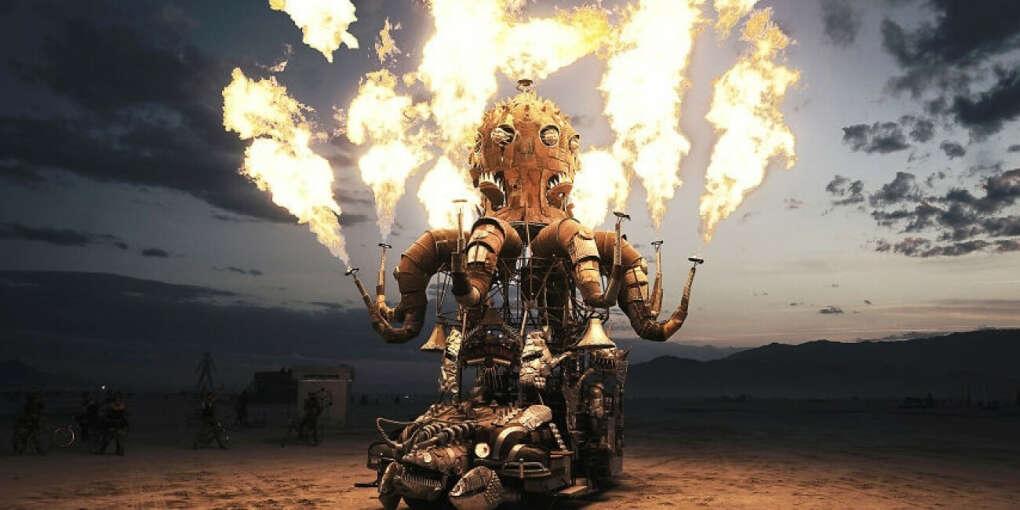 На фестиваль burning man