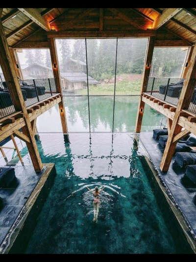 поплыть 1 км. за сеанс в бассейне