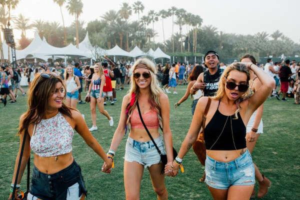 Побывать хоть раз в жизни на Coachella