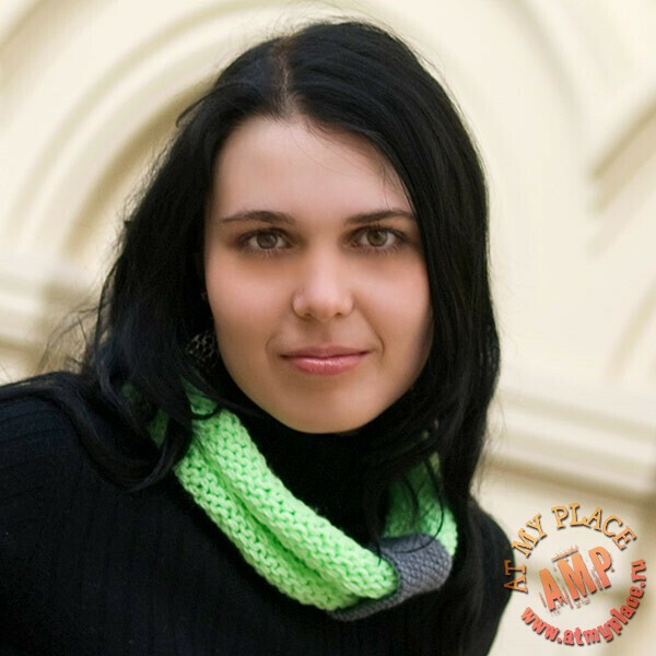 Салатовый шарф-воротник