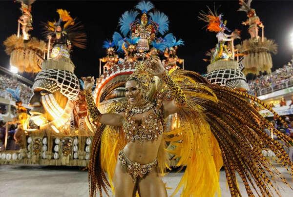 Увидеть карнавал в Рио