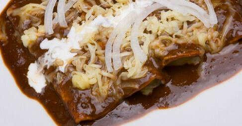 Мексиканский шоколадный соус для мяса и птицы (Моле Поблано). Рецепт