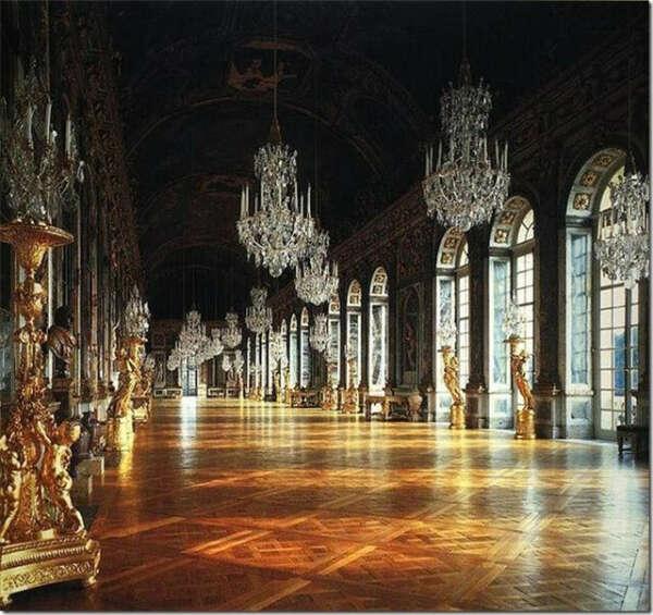 Посетить Версаль