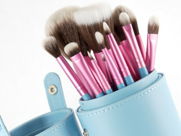 Sigma brushes ESSENTIAL KIT - MRS BUNNY