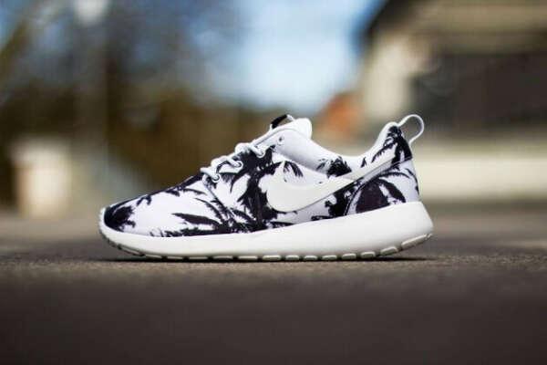 "Nike Roshe Run ""Palm Trees"""
