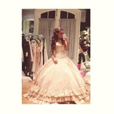 Пышное платье*