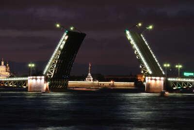 Побывать в Санкт-Петербурге