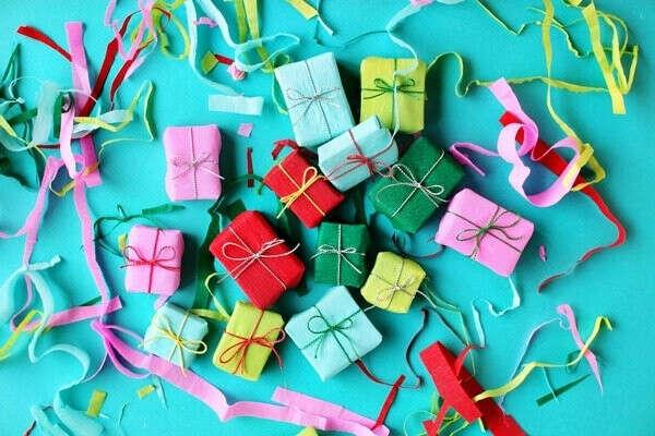 Научиться делать подарки