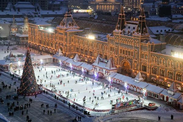 Побывать в новый год в Москве