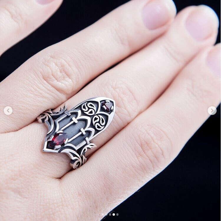 Кольцо Новая готика