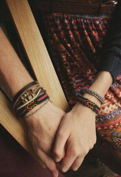 Этнические браслеты или самодельные фенечки