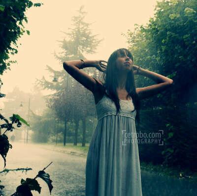 Погулять под дождем