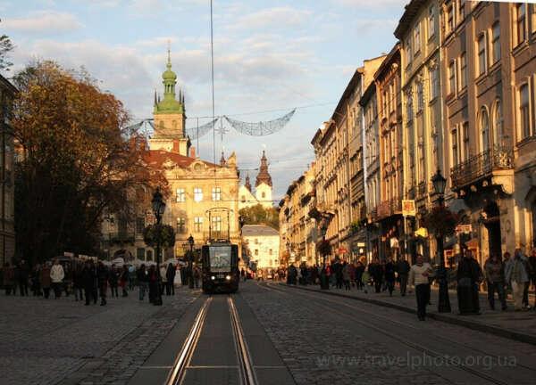 вернуться во Львов