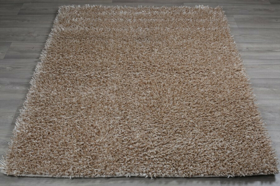 Купить бежевый ковёр с длинным ворсом