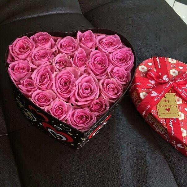 Получать красивые букеты цветов.