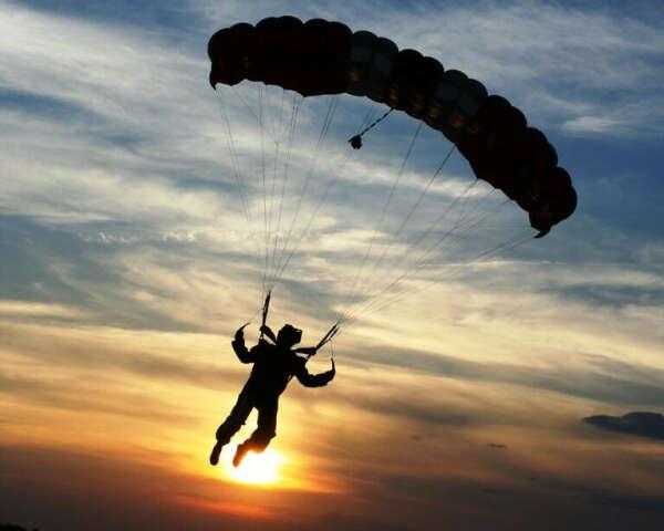 хочу прыгнуть с парашютом