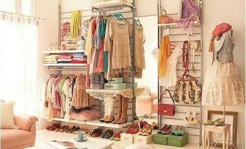 Большой гардероб:)