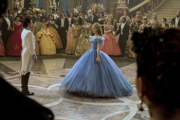 платье принцессы (очень пышное платье) (✯◡✯)