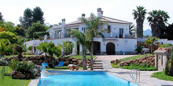 Свой дом на берегу моря