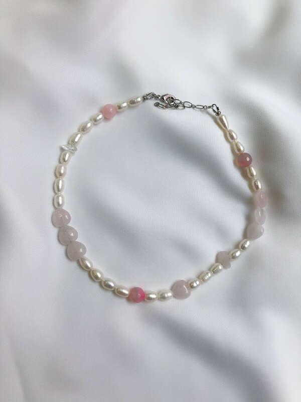 УКРАШЕНИЯ > Чокер Candy Rose quartz minerals, VIAMORE купить в интернет-магазине