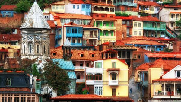 Съездить в Тбилиси.