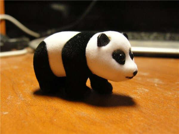 найти панду в киндере