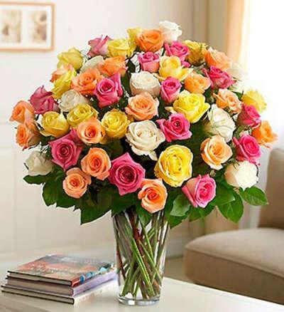 красивый букет роз на День рождения