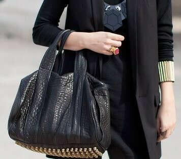сумку Rocco с фурнитурой из розового золота от Alexander Wang