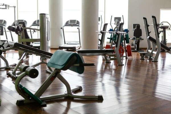 Годовой абонемент без ограничений в фитнес-клуб