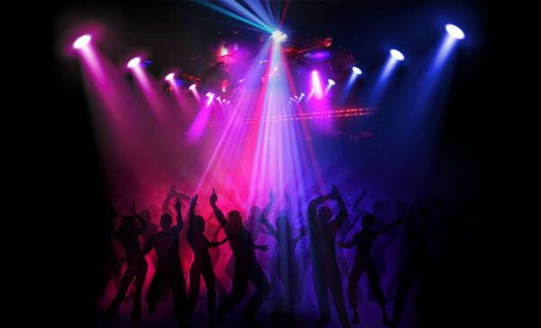 Побывать в ночном клубе