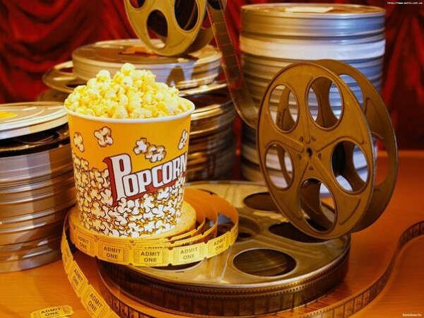 посмотреть более 500 фильмов))))