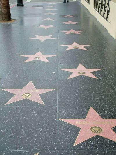 Посетить Голливудскую Аллея славы