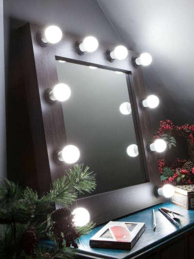 Зеркальце с подстветочкой
