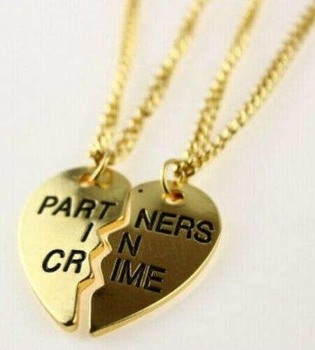 "Парный кулон ""partners in crime"""