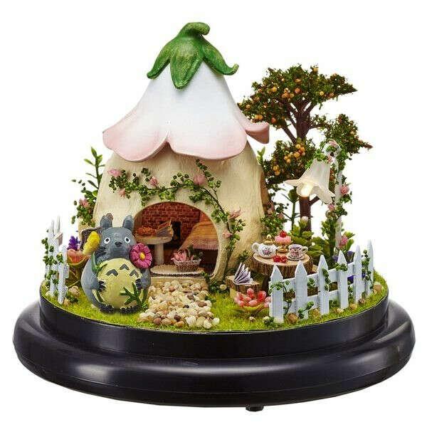 Домик под куполом «Сказочный Сад»
