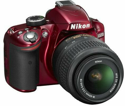 Nikon D3200 Kit 18-55 VR (красный)