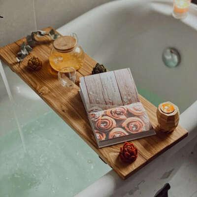 Столик для ванной из цельного массива дерева