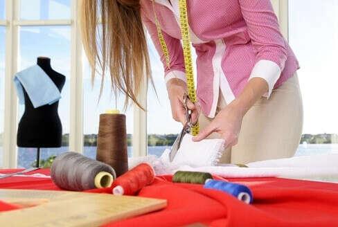 Научиться шить одежду