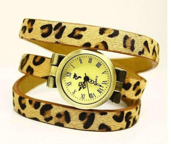 Часы на длинном ремешке леопардовые