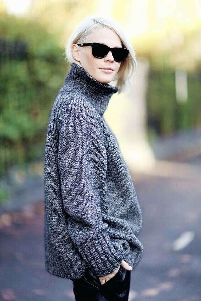 классный теплый свитер оверсайз
