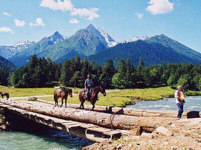 в конный поход на Алтае