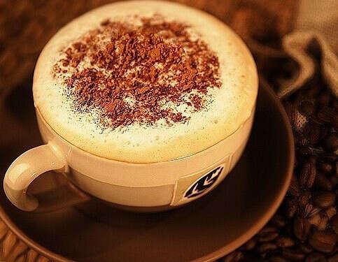 Кофеварка/кофемашина с капучинатором