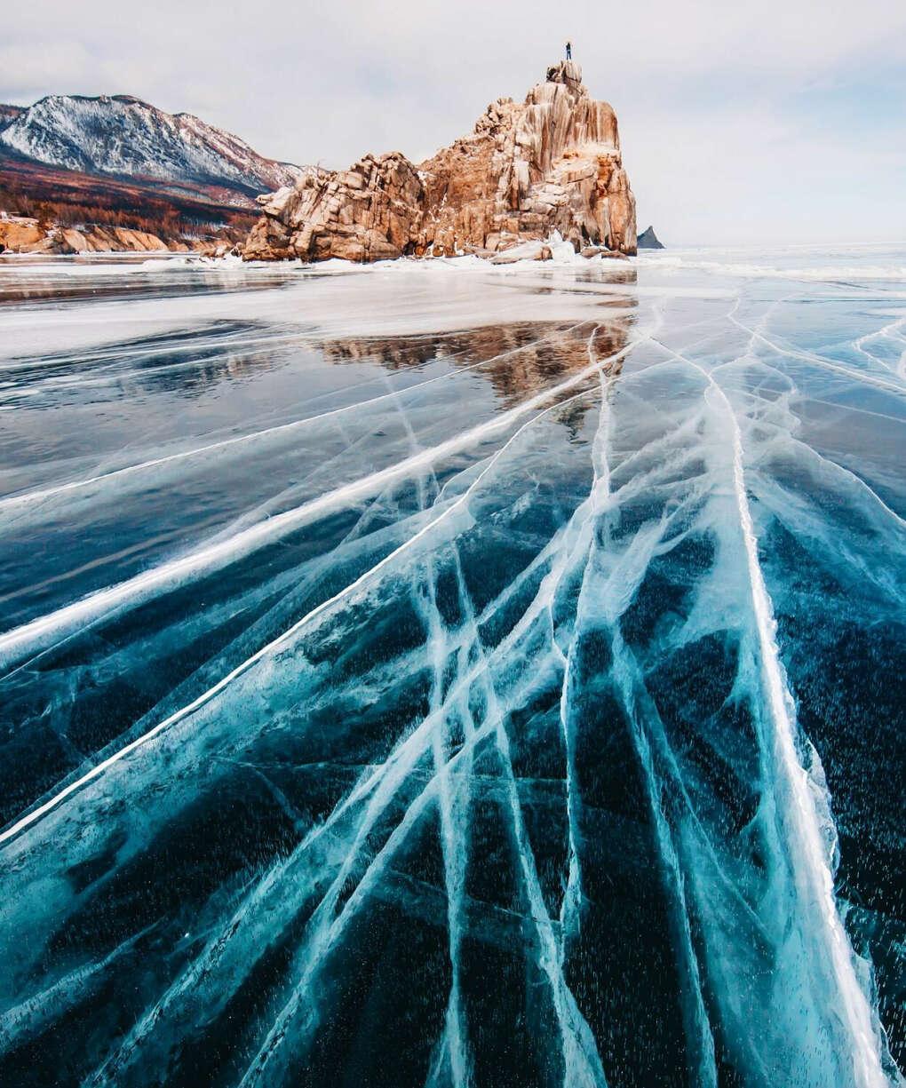 Попасть на Байкал зимой