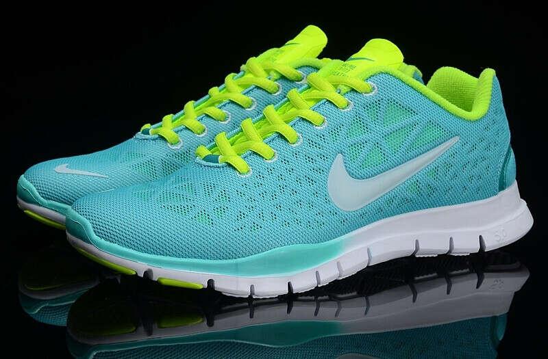 Nike Free Run TR Fit