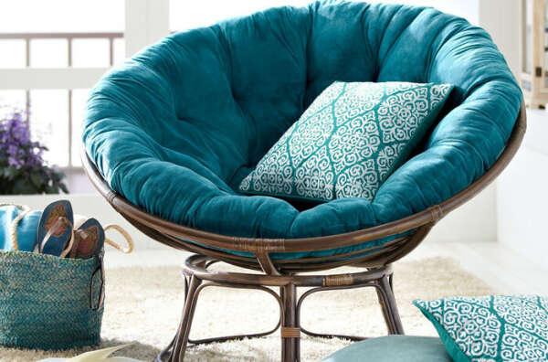 Хочу круглое кресло из ротанга с бирюзовой подушкой))