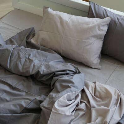 Однотонное постельное пастельного цвета