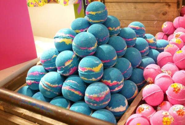 Бомбочки для ванны из LUSH