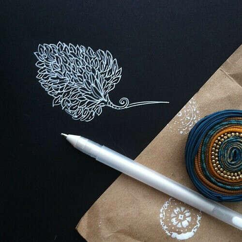 Белая ручка