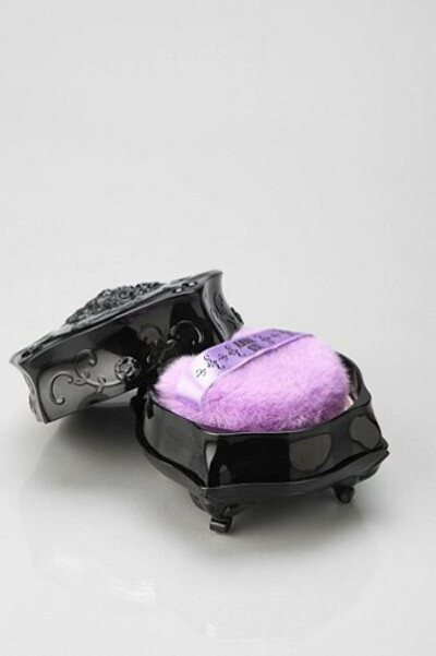 Anna Sui Loose Powder - Urban Outfitters